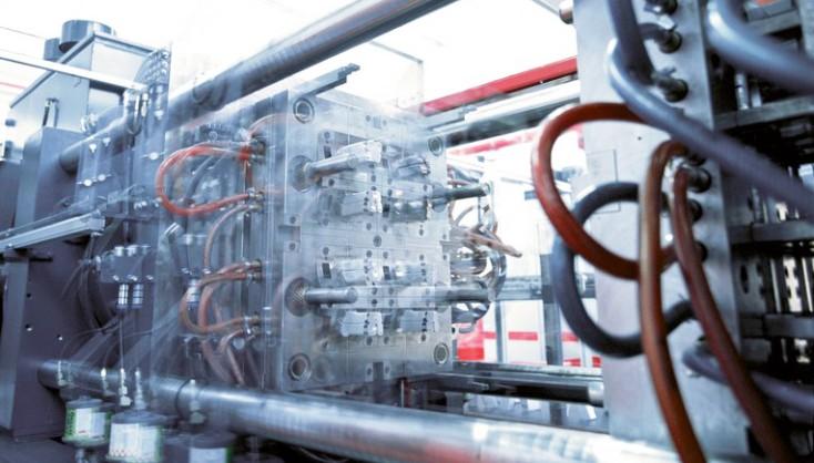 Plast- og trykstøbemaskiner