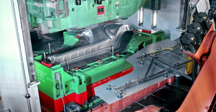 Omformende værktøjsmaskiner og presser